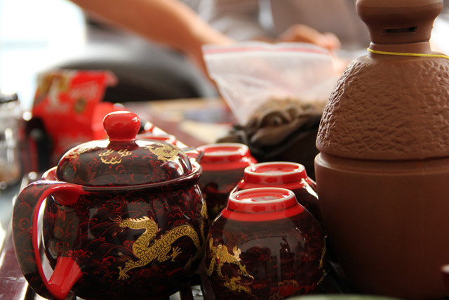 Drinking Tea along with a Mooncake