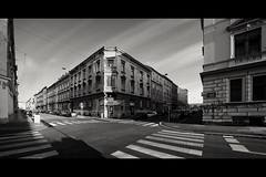 Friday afternoon (elkarrde) Tags: street city sky panorama architecture blackwhite noiretblanc samsung croatia zagreb stitched schneider twop schneiderkreuznach ex1 tl500 samsungex1