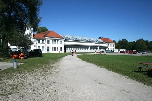 Blick auf die alten Hallen - Flugwerft Schleißheim