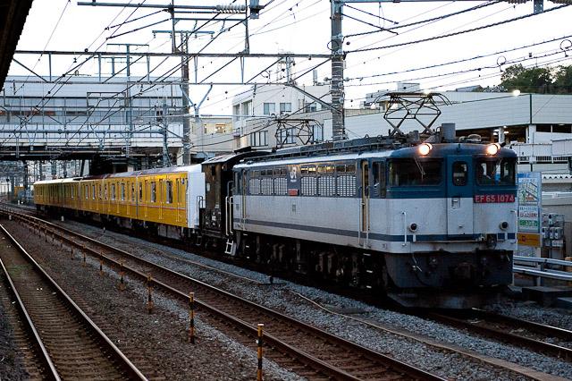 東京メトロ銀座線1000系 1101F 甲種輸送