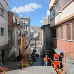 "Street in La Paz <a style=""margin-left:10px; font-size:0.8em;"" href=""http://www.flickr.com/photos/14315427@N00/6160941139/"" target=""_blank"">@flickr</a>"