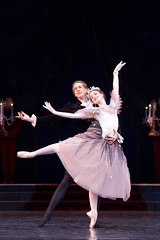 Lauren Cuthbertson and Nehemiah Kish in La Valse © Johan Persson/ROH 2011