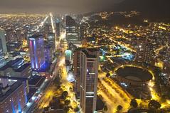 Nororiente - Bogota (CAUT) Tags: longexposure building tower southamerica night noche nikon colombia bogota torre edificio ciudad nocturna kolumbien ciy largaexposición 2011 d90 américadelsur caut torrecolpatria nikond90 colpatriatower