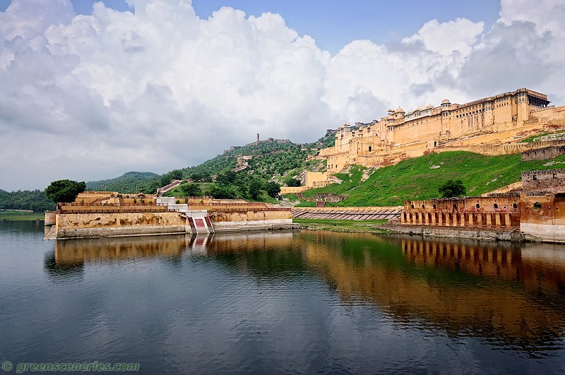 Amber Fort, view from the lake, Jaipur