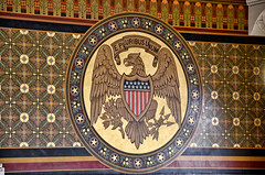 Seal of the U.S., in the Connecticut State Capitol, Hartford, Connecticut (Photo Phiend) Tags: blue red brown white green yellow painting us unitedstates eagle connecticut ct seal statecapitol epluribusunum nikond7000