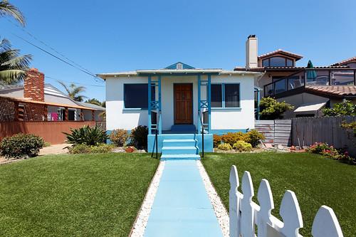Adorable Beach Cottage