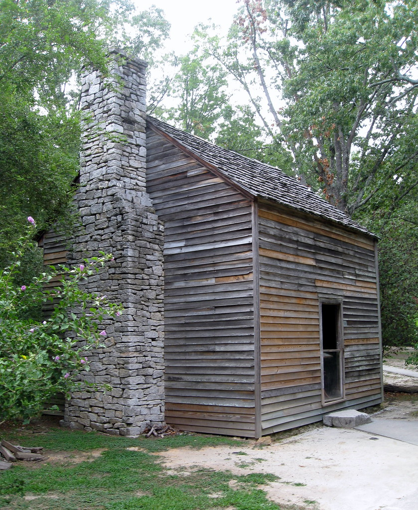 Stone Mountain Park   Antebellum Plantation   Slave Cabin (jared422_80)  Tags: Park Wood