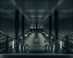 Berlin Hauptbahnhof #III (Alexander Rentsch) Tags: urban berlin architecture modern germany dark underground subway concrete deutschland ubahnhof future ubahn scifi architektur mitte dunkel beton sigma20mmf18exdg canoneos5dmarkii