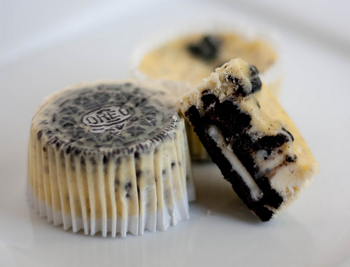 CookiesandCreamCheesecakeCupcake by handletheheat via pinterest