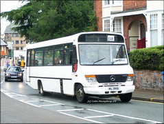 Far East Travel (NIL 3956) (Colin H,) Tags: travel bus thames mercedes benz coach beaver east far hadleigh gemini services ipswich fet carters ibp plaxton awaydays beestons ipswichbuspage 0814d nil3956 r846jgd colinhumphrey