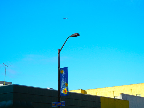 Plane over Berkeley _ 2304