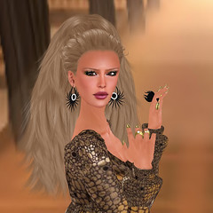 Finesmith Noir_001 (Xenobia Foxclaw) Tags: slfashion secondlifefashion noircollection finesmithjewelry yulafinesmith finesmithdesigns