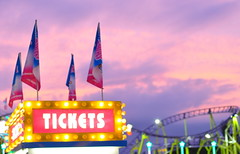 Summer dreamin' (oneworldmj) Tags: sunset summer tickets lights dusk yay fair games flags rides itsbeenfreezingherealready imissallthecolorsoutside imissgoingouttotakepictureseveryday ihaveafeelingiwillbegoingthroughlotsofarchivestufftogetmethroughthewinter winterisitreallywinteralready idolovetheholidaysandgettogethersthistimeofyearthough onlyonemoredaytillfriday