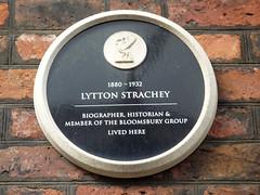 Photo of Lytton Strachey black plaque