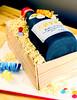 a good year (Betty´s Sugar Dreams) Tags: birthday cake germany 3d bottle wine hamburg betty flasche wein torte fondant weinflasche kiste sommelier geburtstagstorte geburtstagskuchen sugarpaste weinkiste holzkiste sculptedcake motivtorte bettinaschliephakeburchardt bettyssugardreams