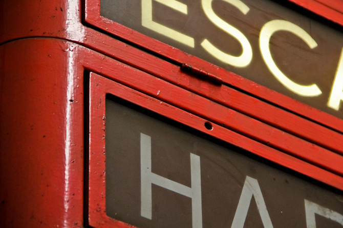 Red Line Escalator Signage