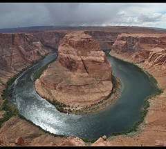 Horseshoe Bend - Arizona (Willem B.) Tags: arizona sky usa water river colorado bend canyon page horseshoecanyon nationalgeographic rivier horseshoebend rockpaper rockpaperexcellence