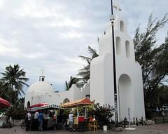 Pretty Church, Playa del Carmen, Riviera Maya, Quintana Roo, Mexico (Bencito the Traveller) Tags: church mexico playadelcarmen rivieramaya quintanaroo