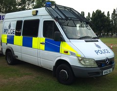 HERTS SPRINTER 3 (NW54 LONDON) Tags: riot 999 sprinter publicorder hertspolice hertfordshirepolice