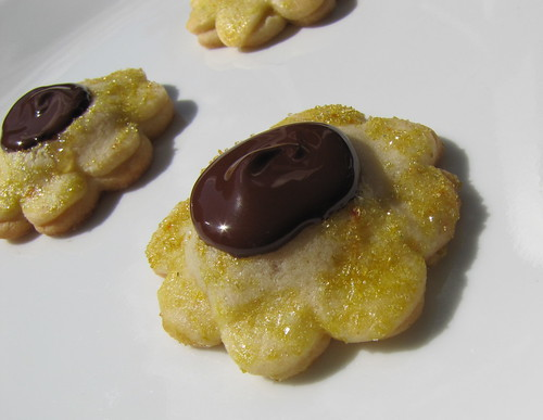 Honeybell Flower Cookies 1