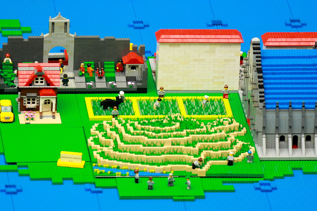 LEGO Pilipinas, Tara Na!  Shortlink: http://oap.ph/LEGOPilipinas For more info, visit: http://www.ourawesomeplanet.com/awesome/2011/08/lego-pilipinas-tara-na.html