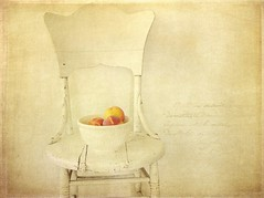 Peaches (raewillow) Tags: summer farmersmarket textures peaches frenchkiss buyinglocal lesbrumes sbfmasterpiece kimklassen oldwhitechair sbfgrandmaster thankyouforyourbeauty