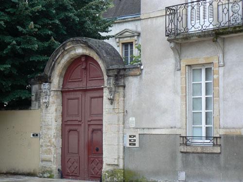 portail rouge.jpg