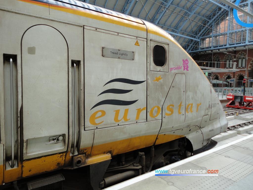 Cette rame a été la première à circuler entre Paris et Londres dans le Tunnel sous la Manche.