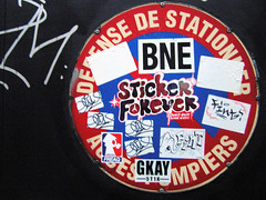 Sticker Paris Forever (freaQ) Tags: urban streetart paris happy sticker stickerart character paste stickers cartoon vinyl adhesive printed handdrawn combo stickercombo straatkunst bne stickerpack freaq stickertrade