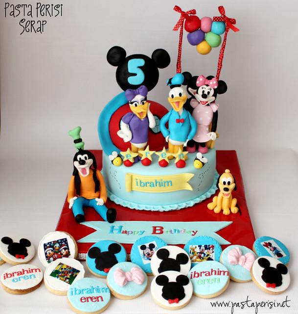Mickey mouse clup house pastası-mickey kurabiyeler