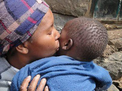 PEPFAR mom and child