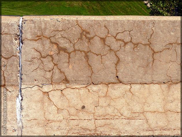 P1160759_concrete_wall