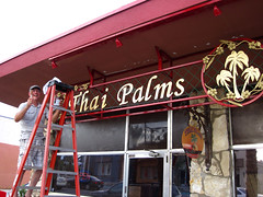 New Sign For Thai Palms (0020)