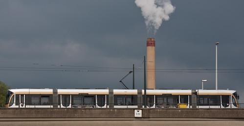 Nouveau tram : électrique ET à vapeur