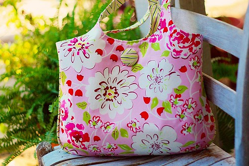 pink daphne tote