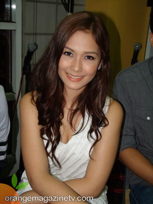 Maja Salvador as Thelma