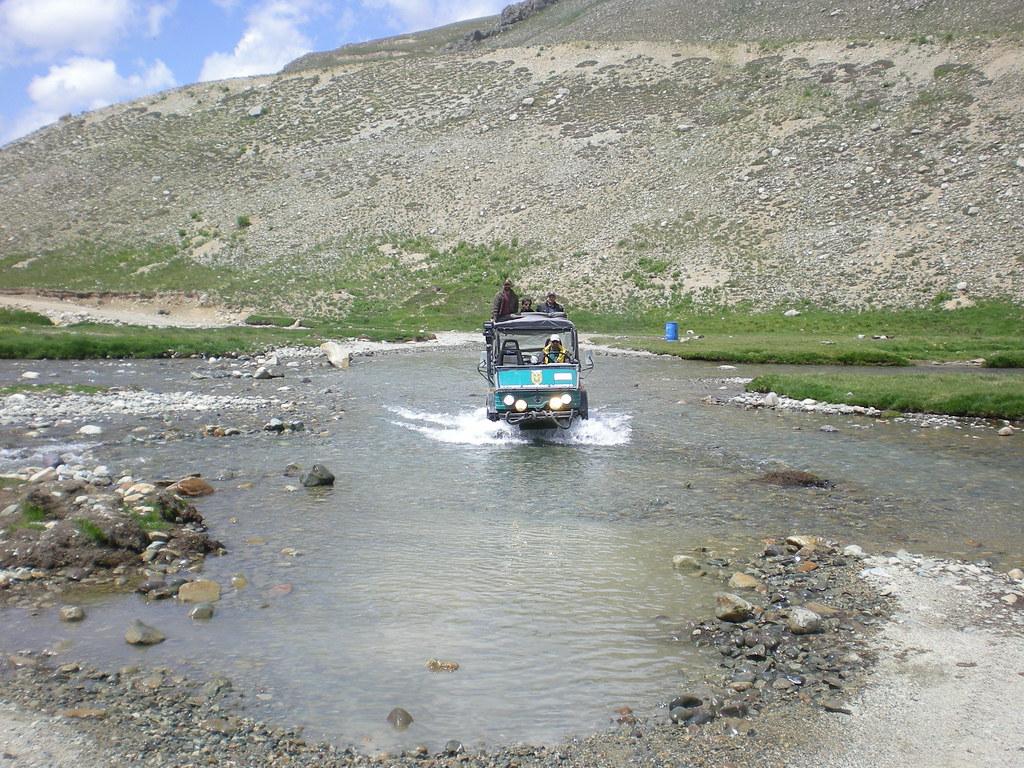 Team Unimog Punga 2011: Solitude at Altitude - 6106446139 600895a948 b