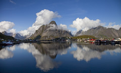 Reine (Stephen P. Johnson) Tags: norway places lofoten reine olstinden 20110824069