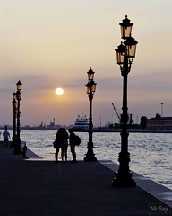 Sunset on the Giudecca (Mo Baig) Tags: travel venice italy copyright water composition canal nikon canals venezia allrightsreserved veneto giudecca d90 colorphotoaward nikond90 doublyniceshot doubleniceshot tripleniceshot mobaig blinkagain bestofblinkwinners 4timesasnice 6timesasnice 5timesasnice 7timesasnice