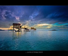 ... sunrise at Maiga Island (Keris Tuah) Tags: world trip travel sunset vacation sky seascape nature water beautiful beauty silhouette closeup sunrise canon landscape photography freedom asia niceshot scene images malaysia future penang 1001nights scenes sabah asean wow1 wow2 keristuah bestcapturesaoi elitegalleryaoi mygearandme