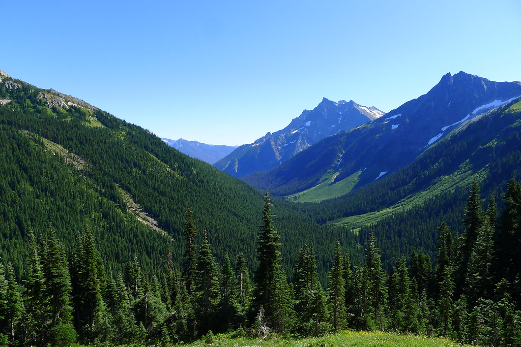 Chiwawa Mountains and Buck Creek Valley