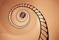 "Stairway to... (""The Wanderer's Eye Photography"") Tags: old light lighthouse india abstract history monument monochrome beautiful architecture stairs buildings circle spiral design high pattern pov spirals interior infinity patterns curves bangalore steps perspective shell snail landmark kerala stairway lookingup lookup pointofview staircase round handrail inside swirl lonelyplanet railing guardrail karnataka tones kollam built circular spiralstaircase quilon ruleofthirds hypnotize travelphotography 2011 tonalrange tangasseri lighthousebuilding tangasserilighthouse canoneos450d canoneosrebelxsi rubenalexander thewandererseye stunningphotogpin tangasseripointlighthousestation 08527n76340e britisheastindiaco showmethestairway teachmetotakeonedayatatime imonlyhumanimjustaman lpf16 lonelyplanetweeklychallengef16 lonelyplanetweeklychallenge winneroff16challengeonlonelyplanetweeklychallenge lp2011winners"