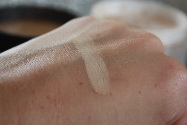 Laura Mercier Mineral Powder Review: 15 steps, then a beauty blog
