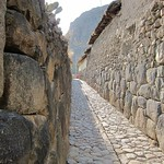 "Inca Street <a style=""margin-left:10px; font-size:0.8em;"" href=""http://www.flickr.com/photos/14315427@N00/6127584429/"" target=""_blank"">@flickr</a>"