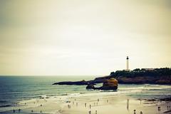 Biarritz - Le phare (Laurent Peugniez) Tags: test surf compo surfers paysage plage phare essai biarritz paysbasque ocan extrme surfeurs traitementcrois