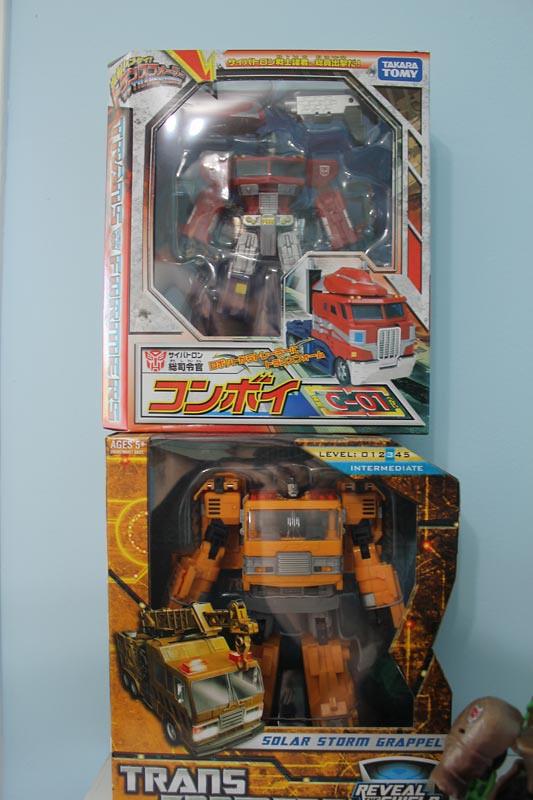 Collection d'Ironhide - Hot Shot's Finest Bots 6128416476_9d10233942_b