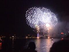 fireworks 2010 076 (Ashes58) Tags: fireworks sydney oprah 2010 fireworks2010