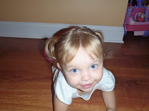 Lilah in pigtails ;-)