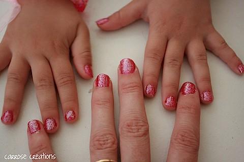 {365} 258 glittery nails