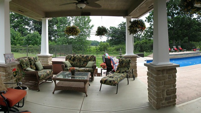Alexandria Legacy Covered Patio